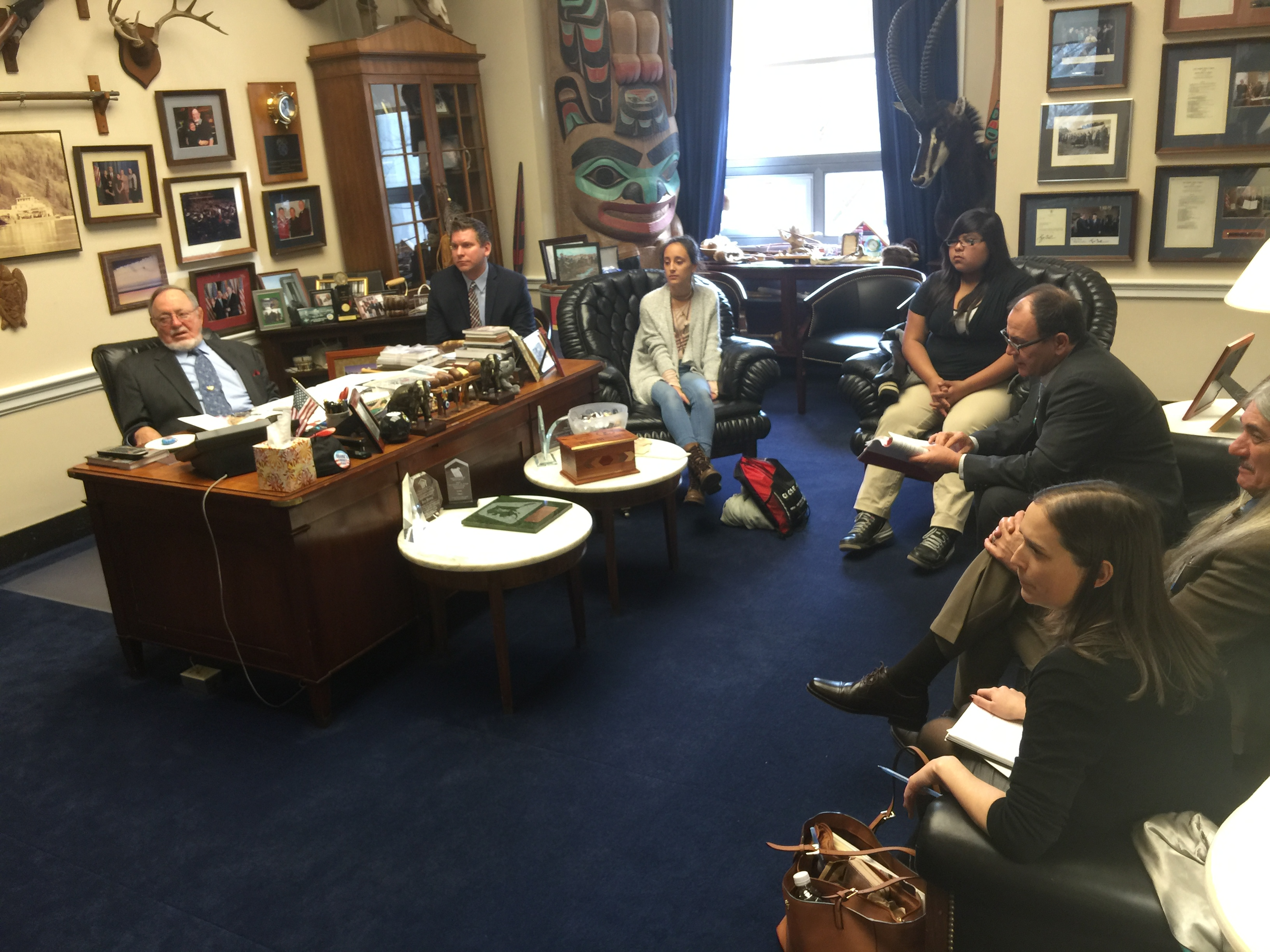 USET Close Up Students and Tribal leaders visit with members of Congress